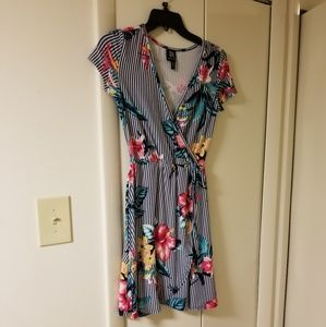Women's Striped and Floral Dress - Size Samll